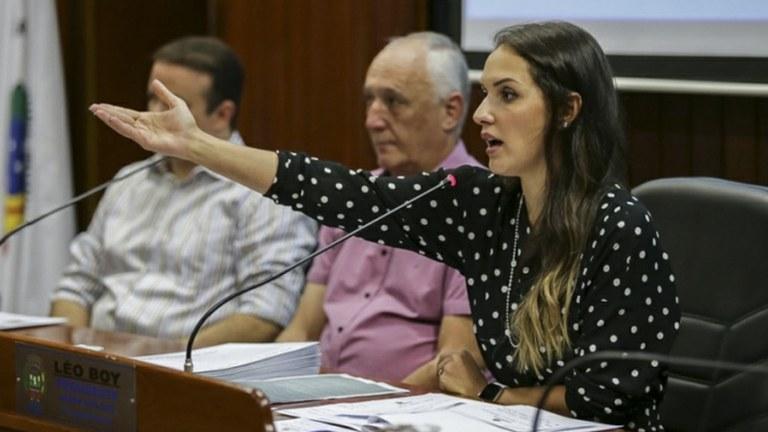 Deputada visita Vale do Arinos com secretário de estado e debate educação e infraestrutura dos municípios
